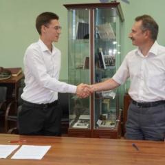 proektor_ab_prokofev_i_budushchiy_student_v_salikov.jpg